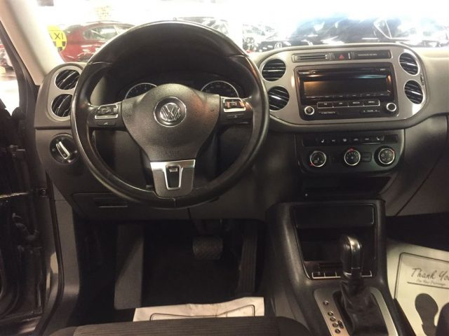 2014 Volkswagen Tiguan 2 Tsi Trendline Auto Ac Hseats Cruise 106k Photo 4